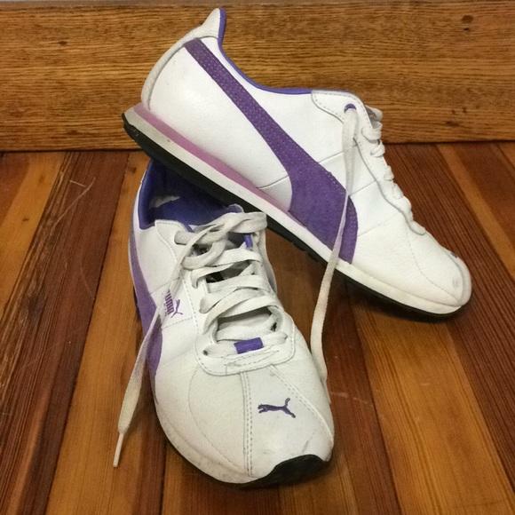 purple and white puma sneakers - 57